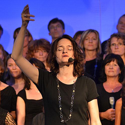 Merle Neumann singt